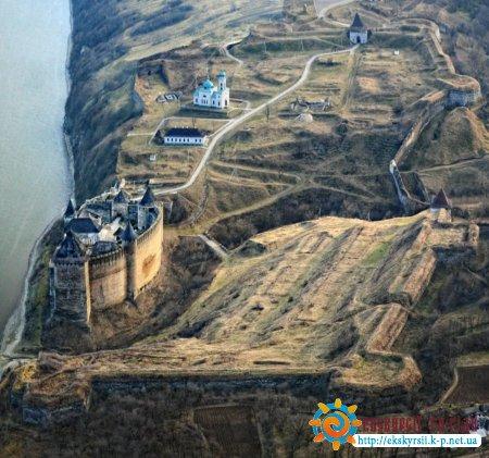 Вигляд на Хотинську фортецю з дрона