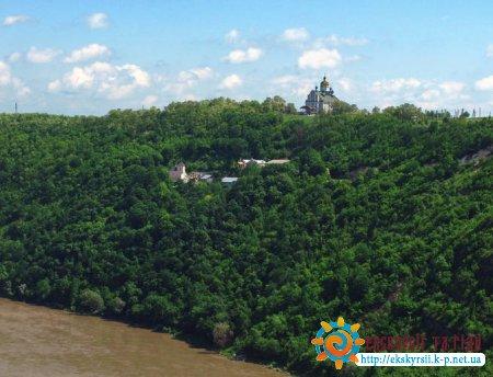 Свято-Иоанно-Богословский Хрещатинський монастырь в Залещиках